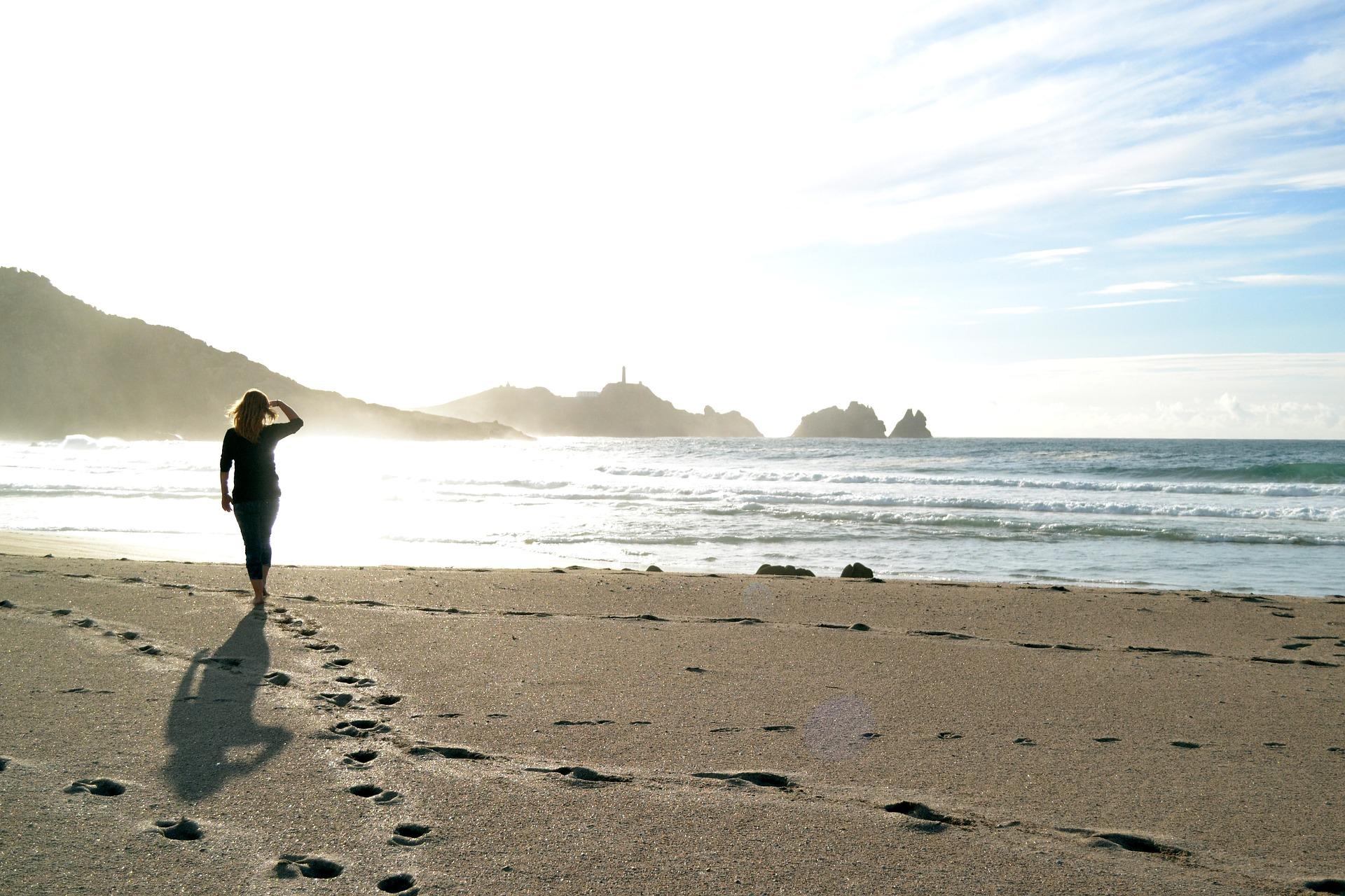 balade à la plage - bord de mer