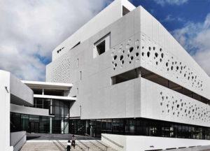 batiment du musée mer marine à Bordeaux