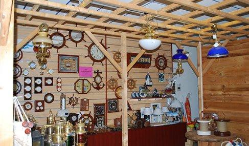 Intérieur du magasin Comptoir de la mer de Lesconil